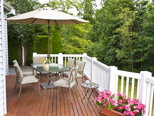 Restoring Your Deck In The Winter | D and D Painting-