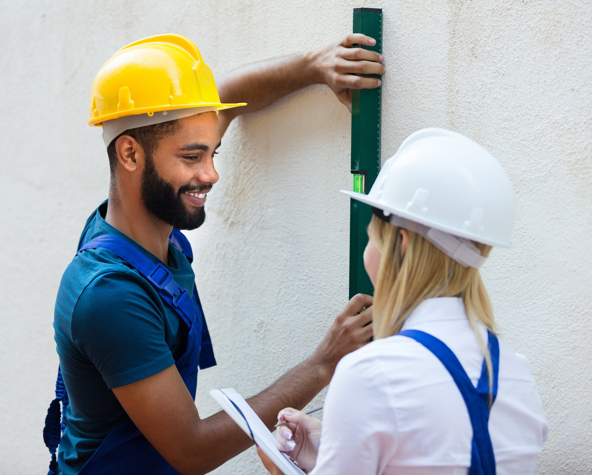 When Is It Time To Call A Professional Painter? | D and D Painting